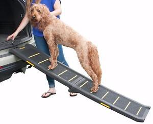 Pet Gear Travel Lite Bi-Fold Reflective Pet Ramp, Black/Yellow NEW