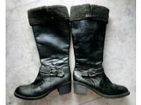 Ladies boots size 9 from Evans