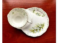 Royal Albert Bone China Flower of the Month 'January' Snowdrops, Tea Cup & Saucer/Sideplate.