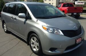 2013 Toyota Sienna LE FWD 7 PASSENGER SPLIT AND STOW 3rd ROW Cle