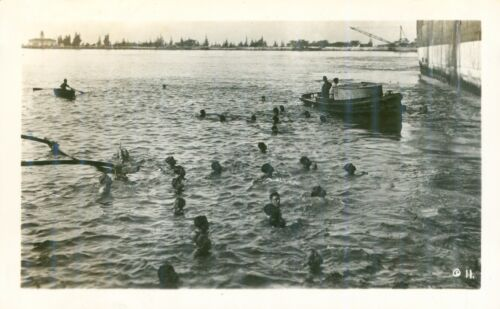 1940 Hawaiian boy diving for coins as Matson Ship arrives Honolulu Hawaii photo