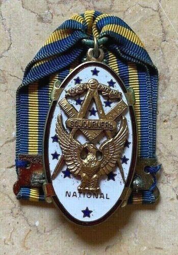 ORIGINAL WW2 ERA US ARMY NAVY USMC COAST GUARD - NATIONAL SOJOURNER MEDAL