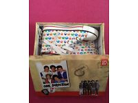 One Direction Size 3 Trainers / Converse