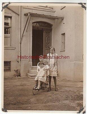 (F12700) Orig. Foto Gehlberg / Thür. 1930, Mädchen aus dem Ort, Ursula m. Dreira