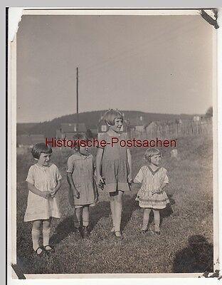(F12696) Orig. Foto Gehlberg / Thür. 1930, Mädchen aus dem Ort, Spielkameraden