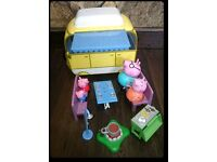 Peppa Pig big van camper