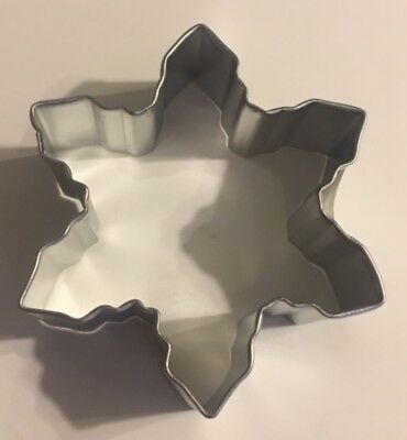 SNOWFLAKE shaped Cookie Biscuit Dough Fondant Cutter metal Celebrate $5.00 - Snowflake Cookie