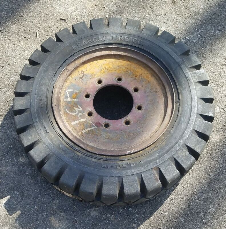 """6.50 x 16 x 5.5"""" Forklift Rubber Solid Tire - NEW Old Stock mounted on a rim"""