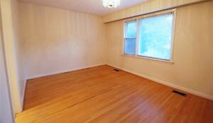 Bright, rooms to rent, North York ,Bessarion station TTC