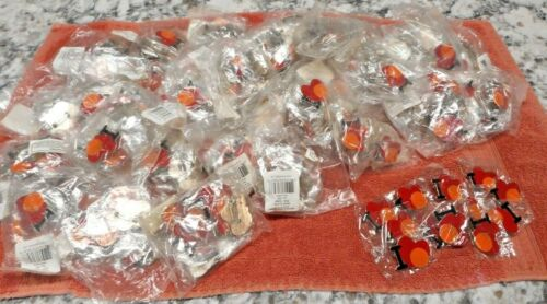 Wholesale lot of  432 I love Basketball Pins Lot of 12 NEW Sports Team NEW