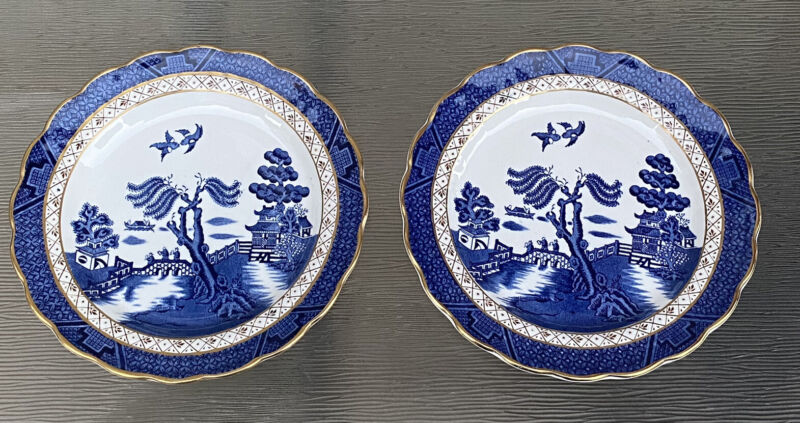 """Booths Real Old Willow Salad Plates Lot Of 2 7 1/2"""" Gold Rim England"""
