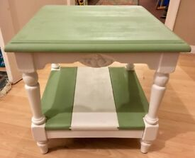 Nice little coffee table in chalky green and white
