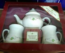 Afternoon Tea Gift Set. (Bhs)