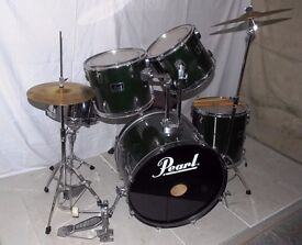 Pearl Forum 5 piece drum kit with 2 cymbals, stool and sticks