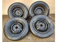 4x 6-stud steel wheels and tyres suitable for Toyota Hiace and others