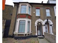 Large 3 Bed House has just come Available with 2 Double Beds,1 Single, Garden