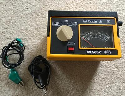 2 Piece Biddle Megger Tester 1 New And Unused Clamp On Ammeter Manual And Probes