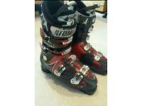 Atomic T3 ski boots