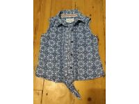 Girls Fatface summer blouse size 6-7