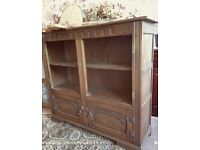 Pretty vintage bookcase for painting