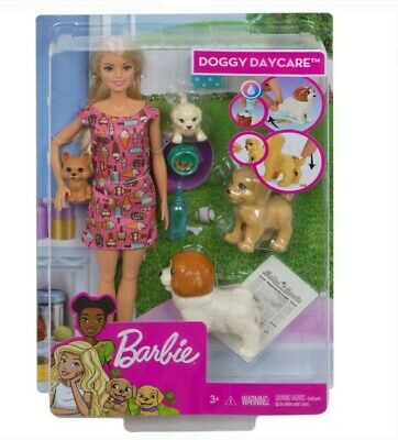 New Barbie Doggy Daycare Doll Blonde Hair with 2 Dogs & 2 Puppies Feed and Potty