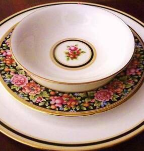 RARE MINT CONDITION COMPLETE WEDGWOOD FINE CHINA SERVICE Perth Perth City Area Preview