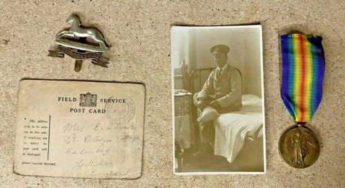 WW1 WEST YORKS MEDAL + CAP BADGE ,WOUNDED CARD AND HOSPITAL PHOTO SOMME