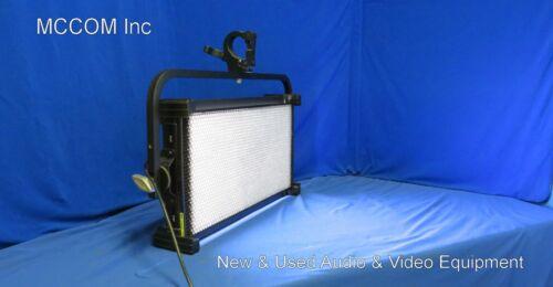 Kino Flo Celeb 201 DMX LED Light Model CEL-201-120U C/Y/P w/ 90 degree eggcrate