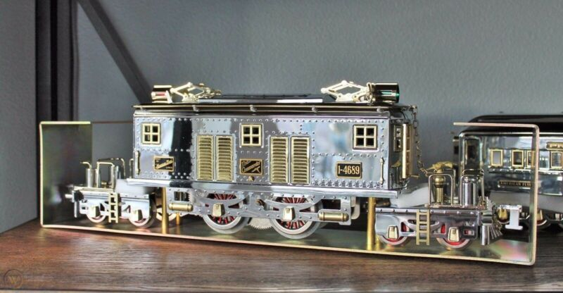 lionel standard gauge model trains presidential special chrome warehouse find.