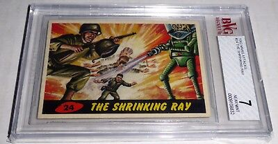 1962 Mars Attacks The Shrinking Ray Card #24 BVG 7 Like PSA BGS Alien Robot War