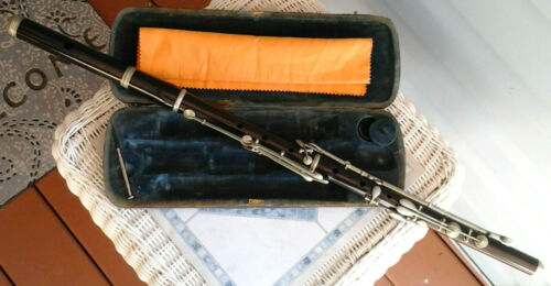 Vintage NACH MEYER L. P. Rosewood Flute in Very Good Condition for Restoration