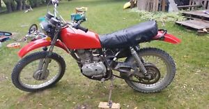 1977 xl250 Honda dirt bike asking 1200$ obo