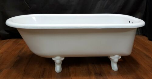 Vintage & Restored White 5 Foot Free Standing Cast Iron Bath Tub