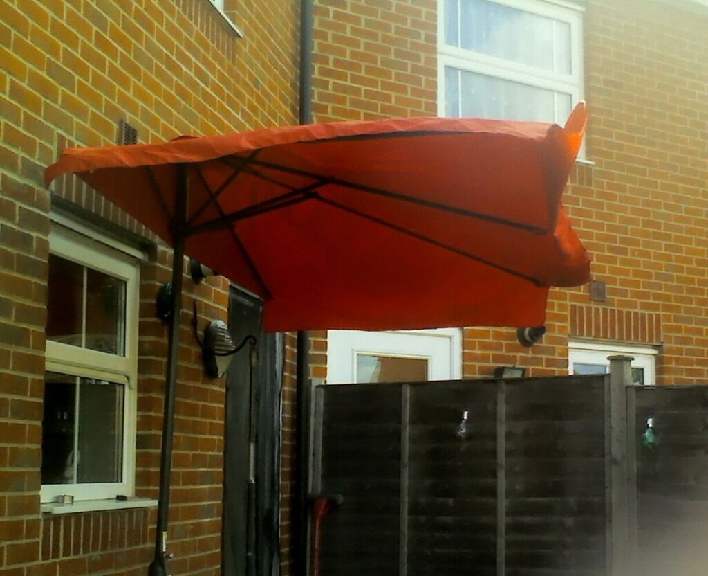 Large Half Parasol For Against The Wall With Wide Up And