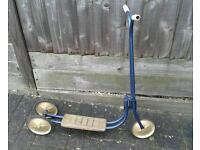 Triang Scooter