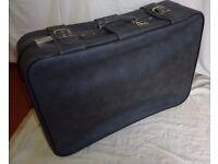 Large wheeled Lockable suitcase with keys