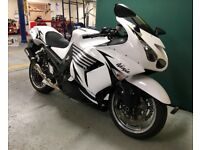 KAWASAKI ZZR1400 - MINT CONDITION - REAL MILAGE - IMPORTED FROM USA