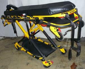 2017 Stryker 6082 MX-PRO R3 Ambulance Stretcher Cot w/ mattress, arms & IV Mount Great Condition