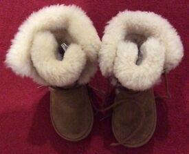 Kids Ugg boots (size UK 10)