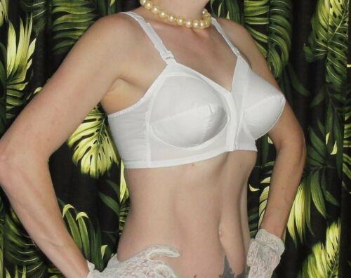 Vintage White Exquisite Form Bullet Bra 44 B pinup front closure retro boudoir