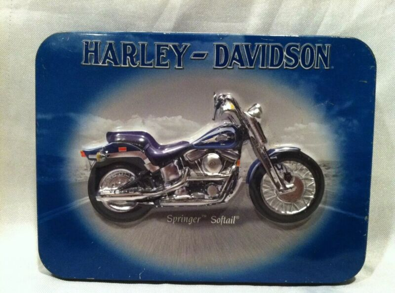 2001 HARLEY DAVIDSON COLLECTORS TIN AND 1992 CLUB CAMEL OFFICIAL PLAYING CARDS