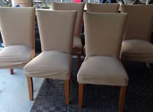 Dining room table chairs Bethania Logan Area Preview