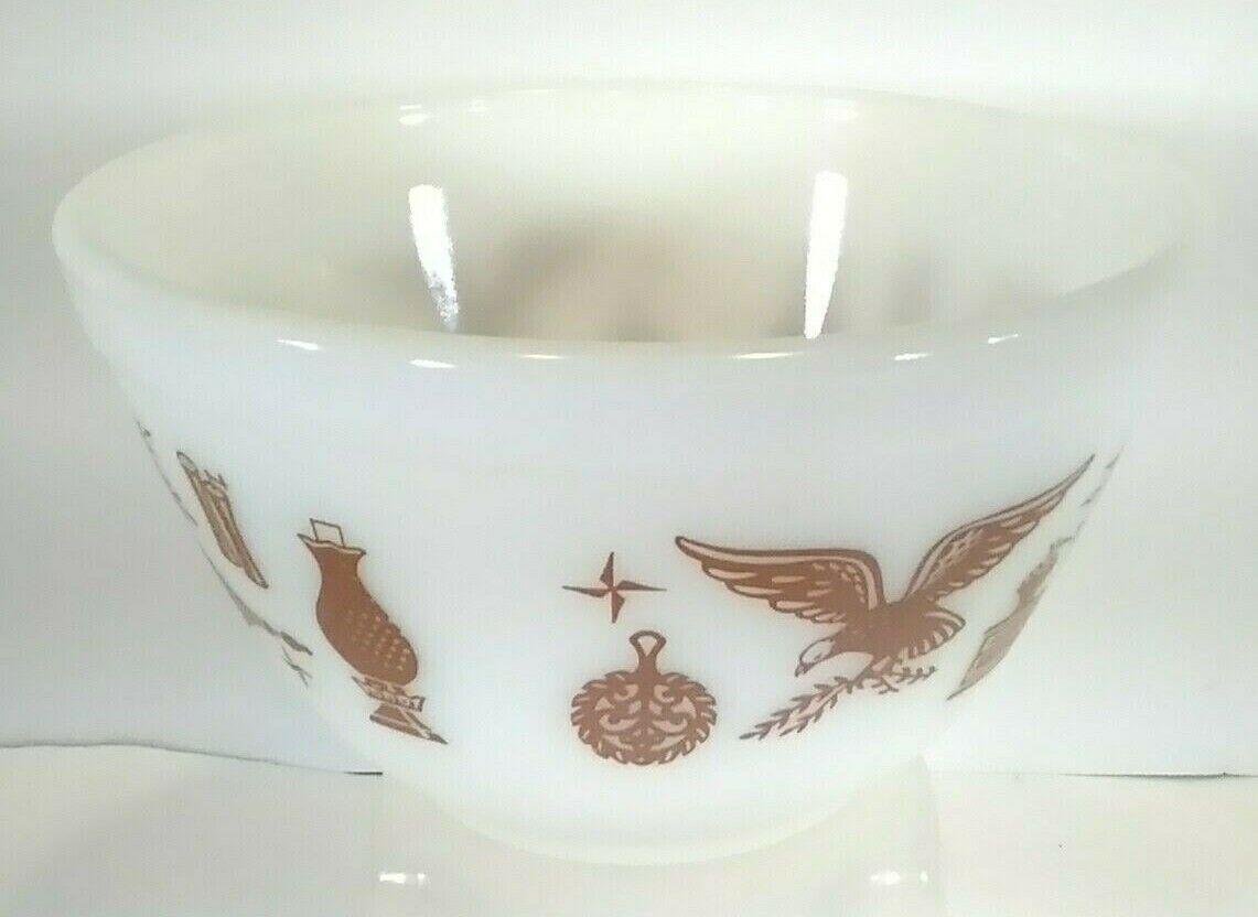 Vintage Pyrex Early American Nesting Bowl White Brown 1-1/2 Pint Mixing 401 - $11.77