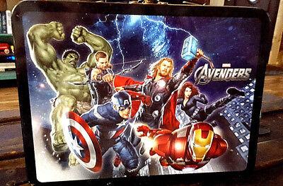 2012 Marvel THE AVENGERS Tin Lunch Box #26170 Vandor 9 x 3.5 x 7 Int/ Near Min,