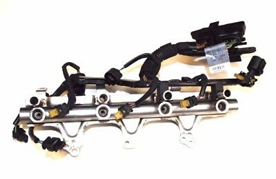 AUDI A4 B8 2009 1.8T FSI FUEL RAIL WITH WIRING LOOM 06J133317M 06H971627