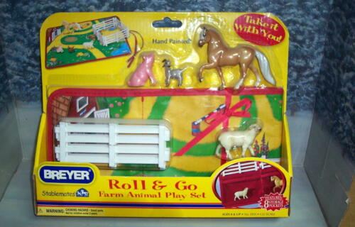 BREYER ROLL & GO FARM ANIMAL PLAYSET  #5931 WITH PURIVAN PASO STABLEMATE