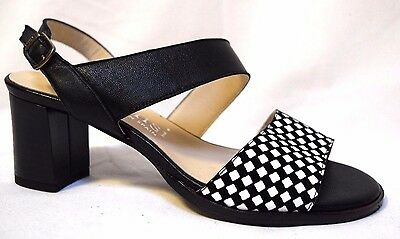 DANSI Leather shoes sz 6.5 / 37 Made in Spain Sofia Chequered Sandals heels BNIB