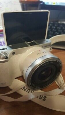[SAMSUNG] NX500 28MPINTERCHANGEABLE LENS CAMERA WITH 16-50MM White USED