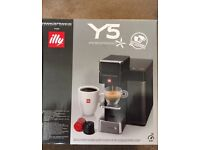 Illy Y5 Coffee Machine BRAND NEW RRP £250