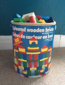 Wooden building blocks (222)